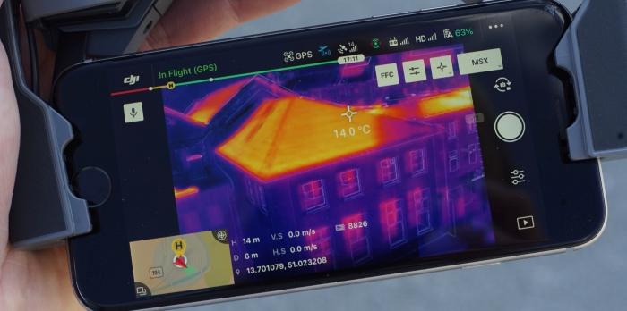 Wärmebild einer Drohne zur Brandbekämpfung